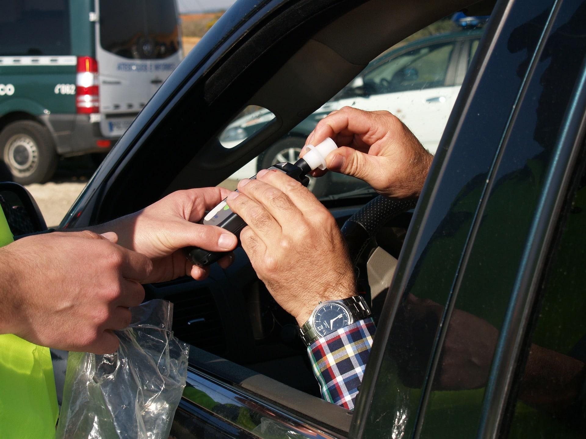 conducir bajo los efectos del alcohol